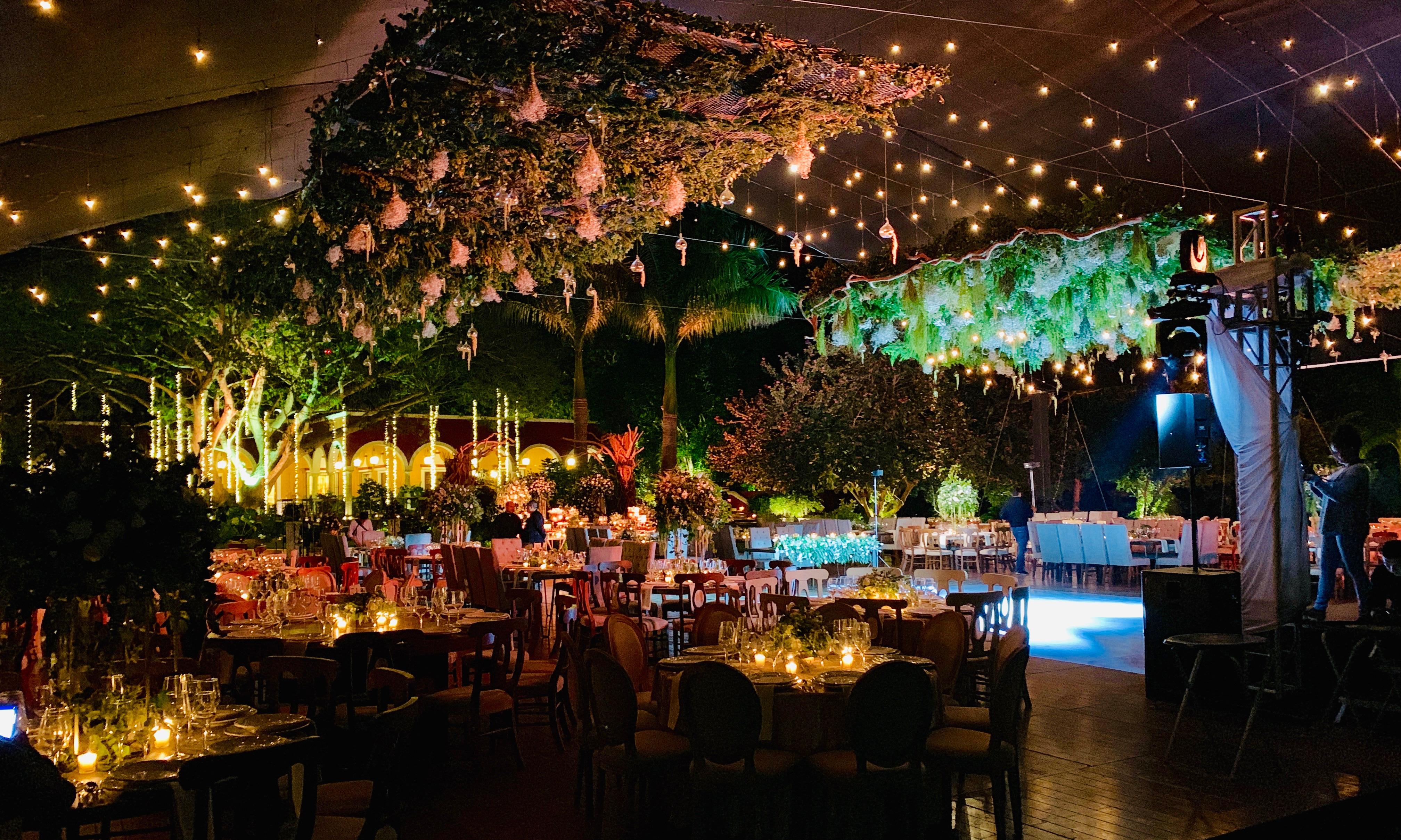 Atmósfera romántica en tu boda con la iluminación