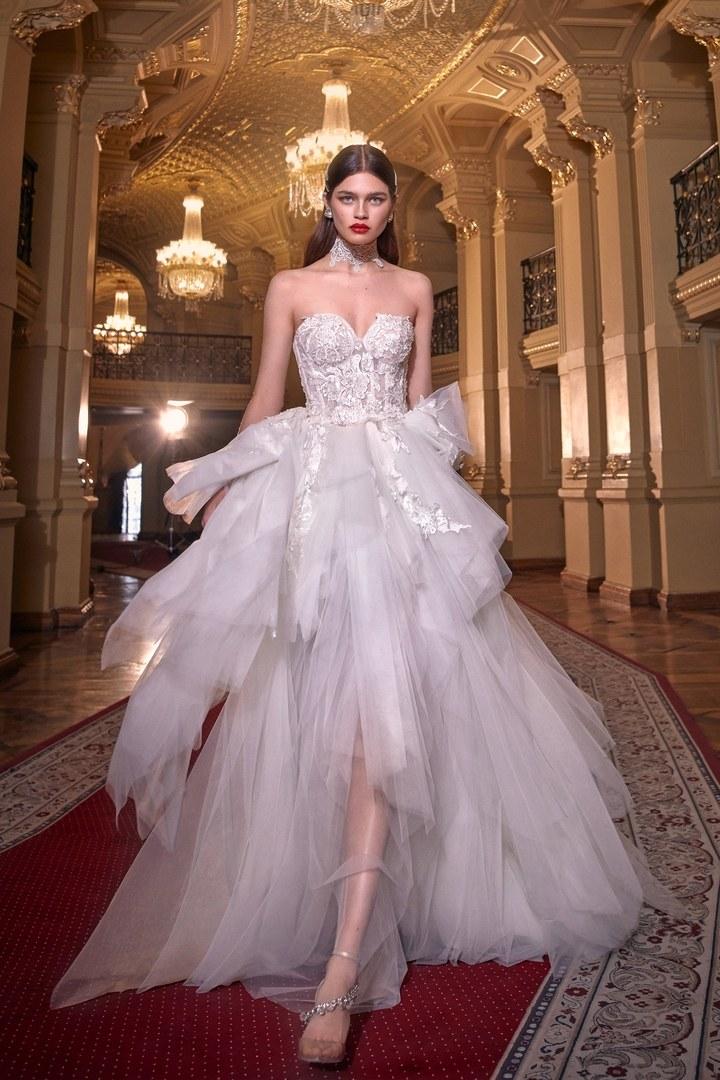 Vestido clásico y romántico boda 2020